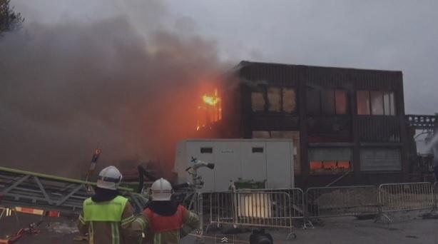 Zeer grote brand bij Koningin Wilhelminahaven