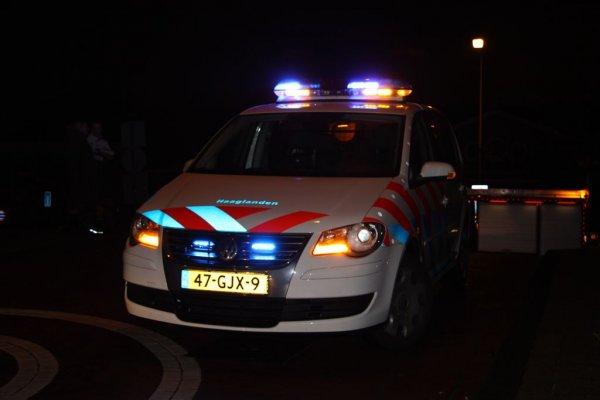 Agent in burger betrapt autokraker op heterdaad