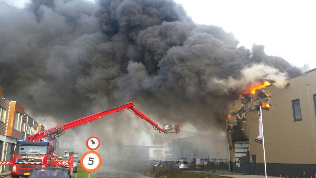 Zeer grote brand in Naaldwijk