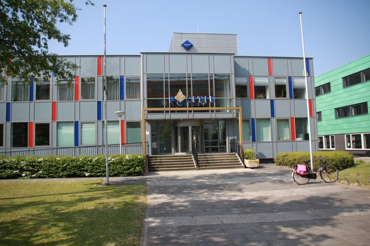 Twee Vlaardingers aangehouden op gemeentewerf Maassluis