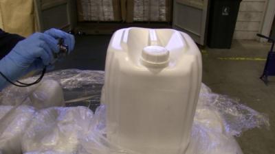 NVWA neemt ruim 100 ton pesticiden in beslag