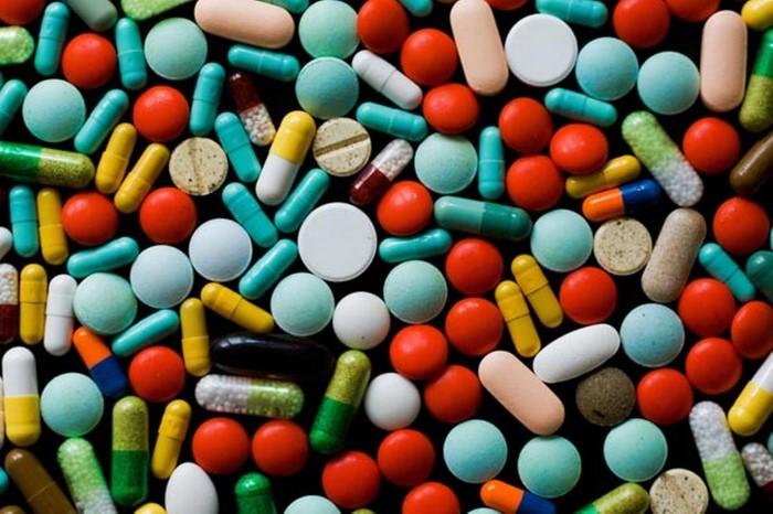 Jongeren met pillen aangehouden