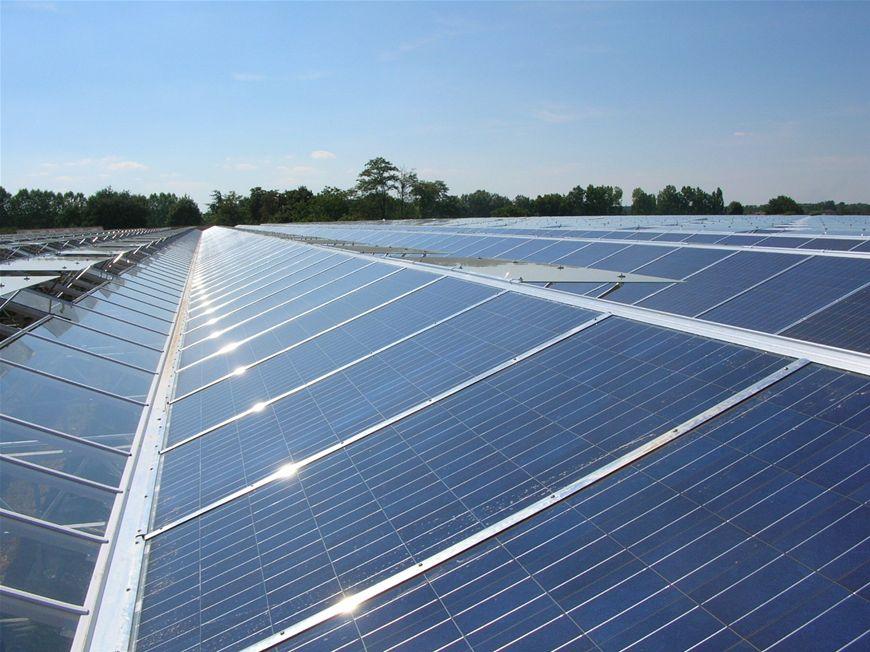 1 miljoen subsidie voor zonnepanelen op Zuid-Hollandse bedrijfsdaken