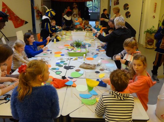 Helpende handjes gezocht voor de Kidsclub en het Sinterklaasfeest!
