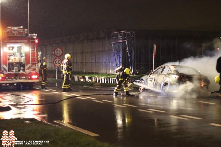 Autobrand aan de van Luyklaan