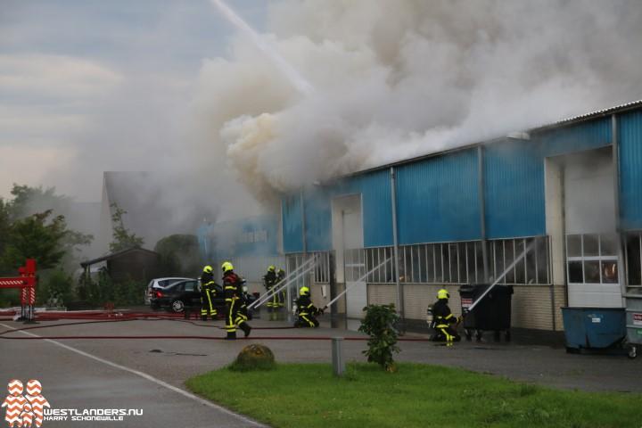 Grote brand bij tuinbouwbedrijf Kreekrug