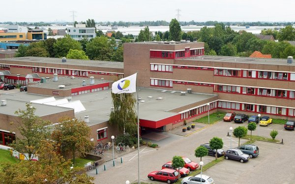 Herontwikkeling Naaldhorst-terrein gaat nog even duren