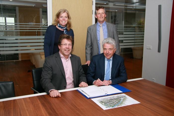 OBWZ en BPD tekenen overeenkomst nieuwe fase Poeldijk Dorp