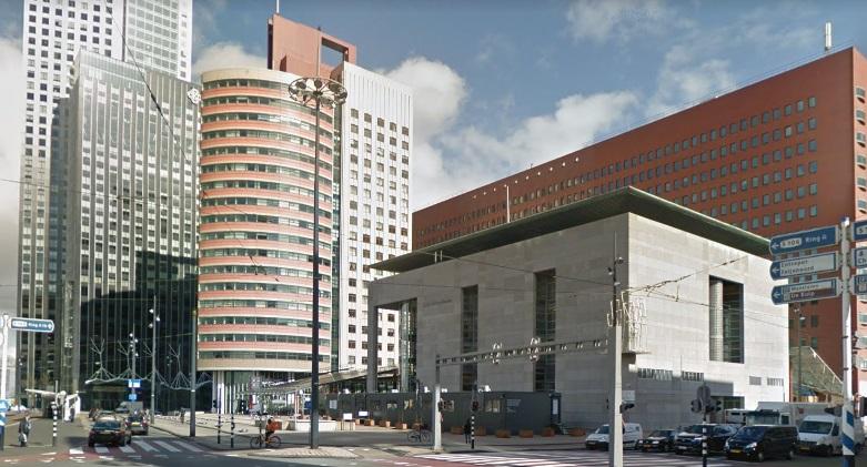 Landelijk Parket Rotterdam : Om mag terrorismeverdachten langer vast houden veiligheid op