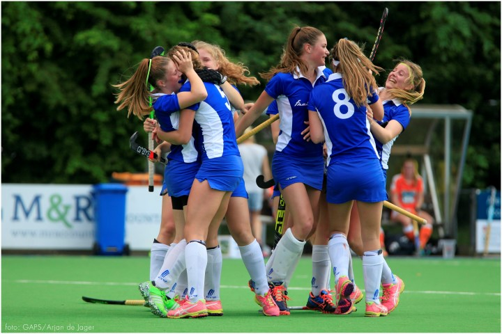 Meisjes A1 hockeyvereniging Westland kampioen