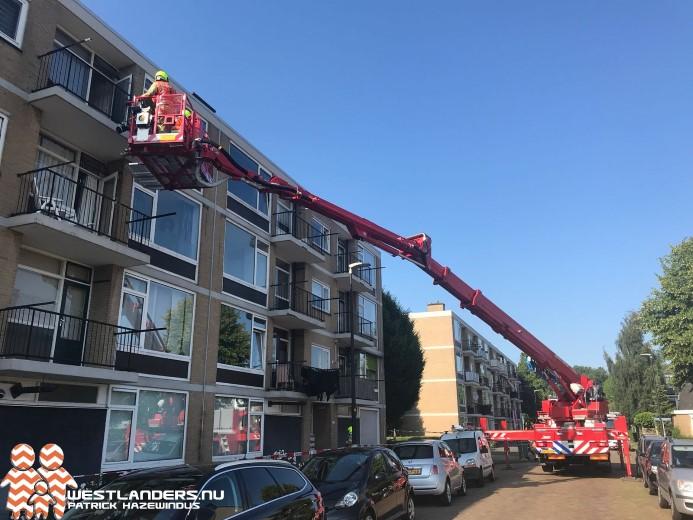 Randen van balkons laten los