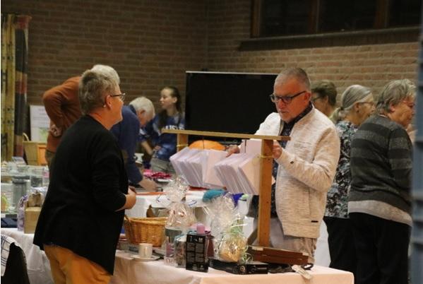 Recordbedrag voor bazaar hervormde gemeente Poeldijk