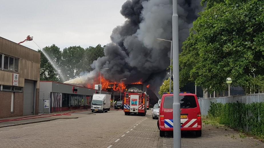 Inzet brandweer Haaglanden bij Grip 2 brand Rotterdam