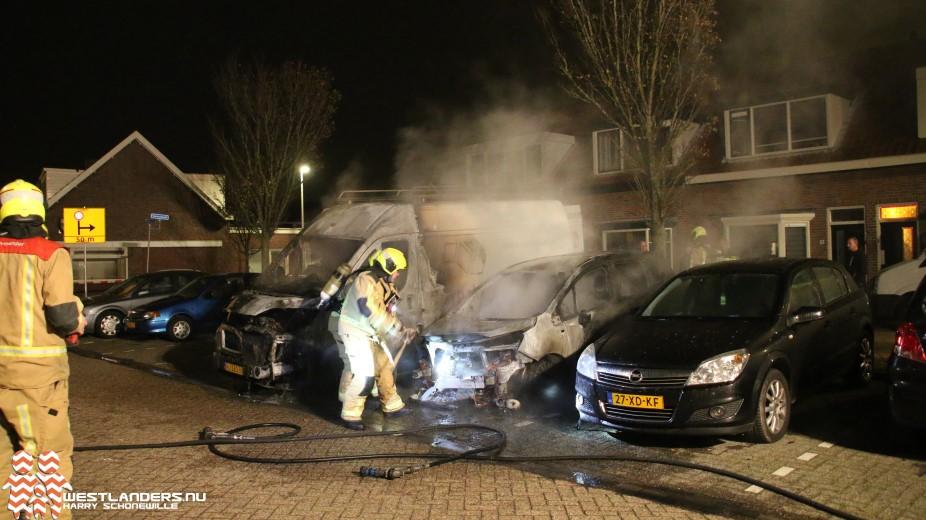Veel schade door autobrand Braamstraat