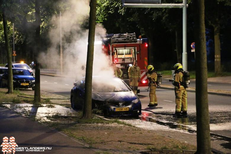 Weer autobrand aan de Erasmusweg