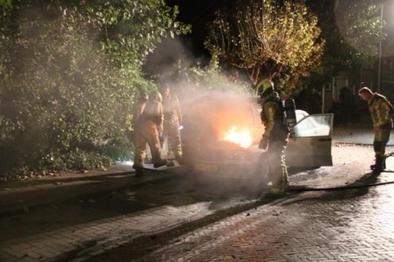 Voertuigbrand aan de Geesterwijckstraat