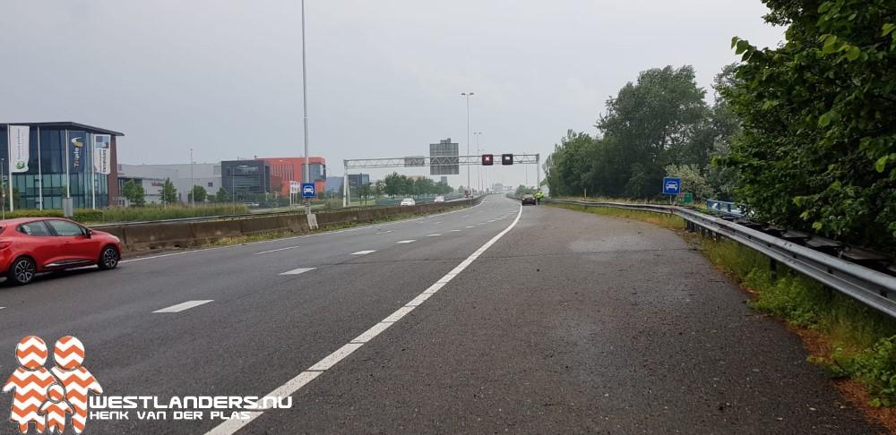 Rijkswaterstaat; dinsdag gladheid op wegen na regen