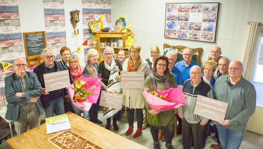 Kringloopwinkel Habbekrats deelt 1e cheques 2018 uit