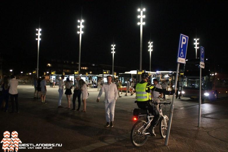 Veel politie bij station Delft voor studentenfeest