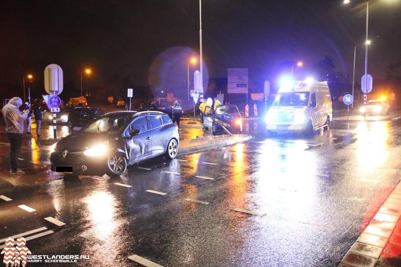 Automobiliste gewond na ongeluk Poeldijkseweg