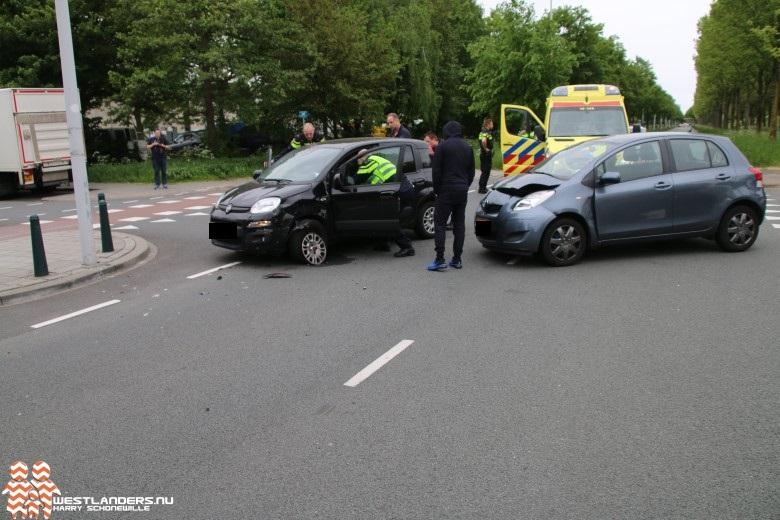 Automobilist gewond bij ongeluk Escamplaan
