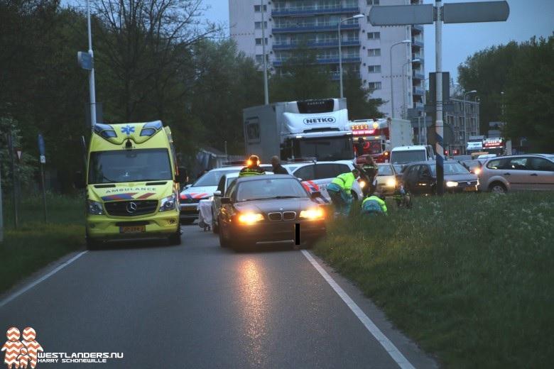 Fietser ernstig gewond bij ongeluk Poeldijkseweg