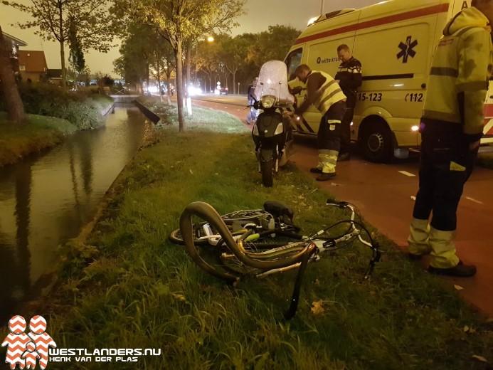 Fietser gewond na schuiver scooter