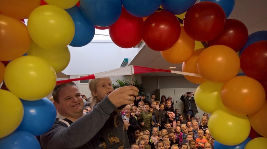 Nieuw Onderbouwplein Montessorischool Naaldwijk geopend