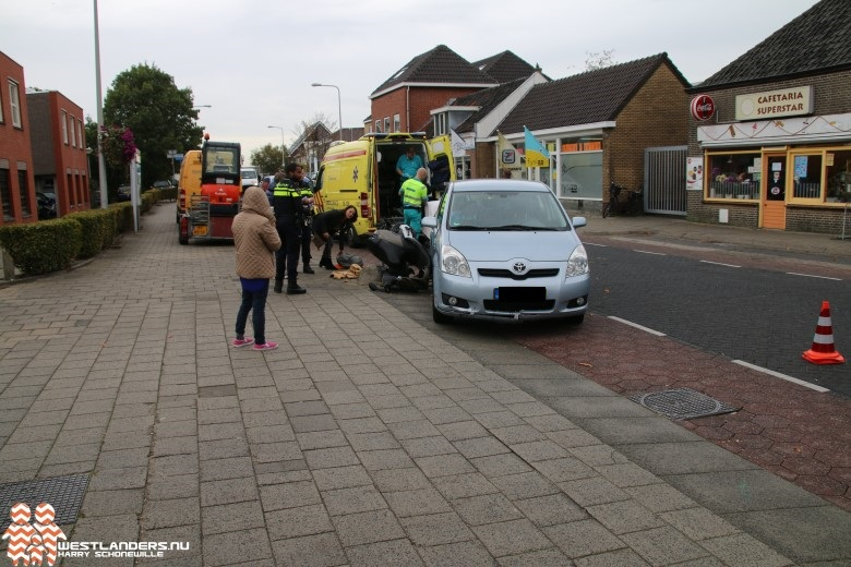 Scooterrijder gewond na ongeluk Kerkstraat