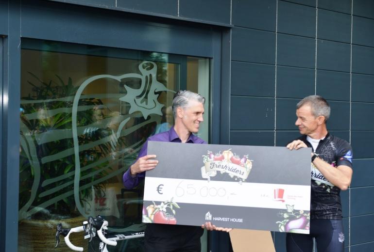 Freshriders fietsen € 65.000,- bij elkaar voor Daniël den Hoed