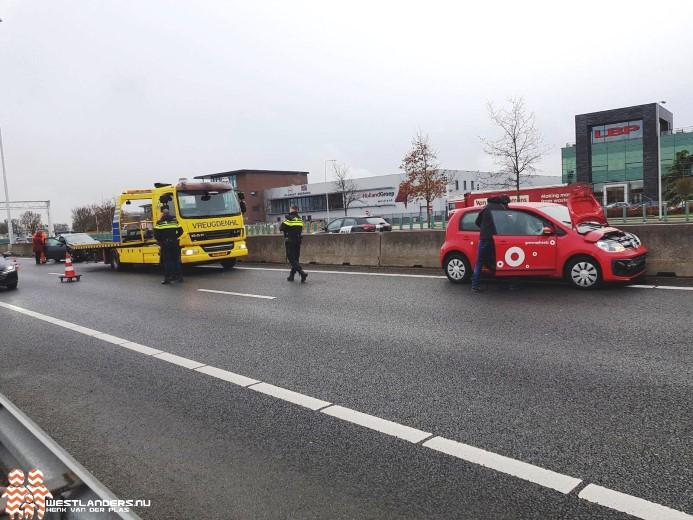 Ongeluk met personenauto 's op de A20