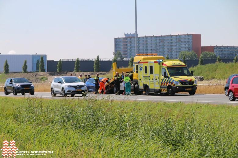 Auto/taxi ongeluk op de A20