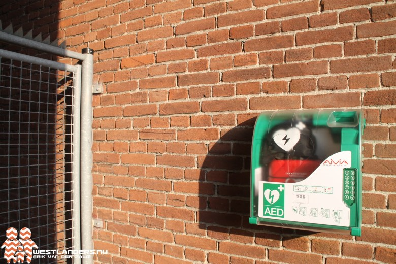 Start project AED op scholen in Westland
