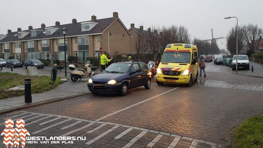 Scooterrijder gewond na ongeluk Rijnweg