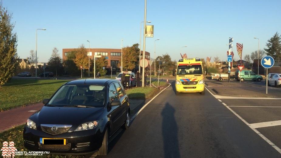 Scholiere zoekt contact met aangereden fietser