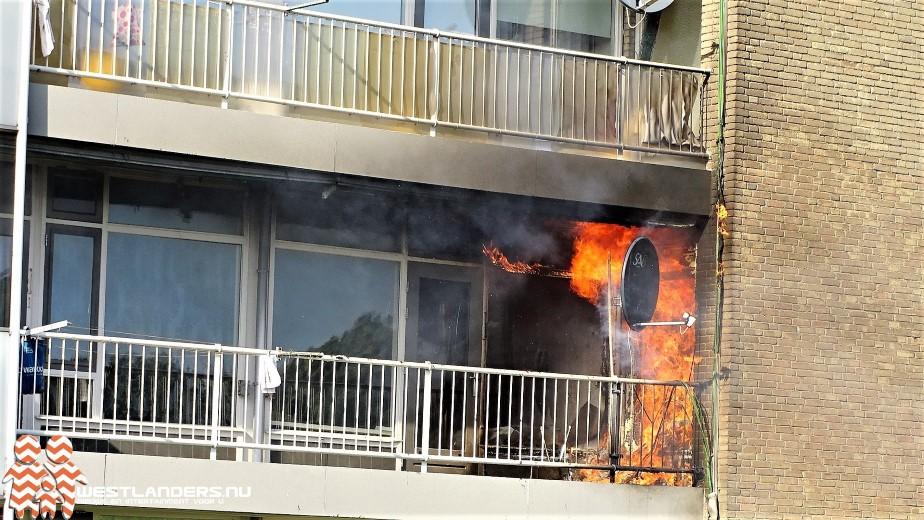 Middelbrand bij appartement in de Leliestraat