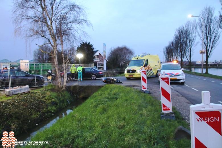 Scooterrijder gewond na ongeluk Lange Broekweg