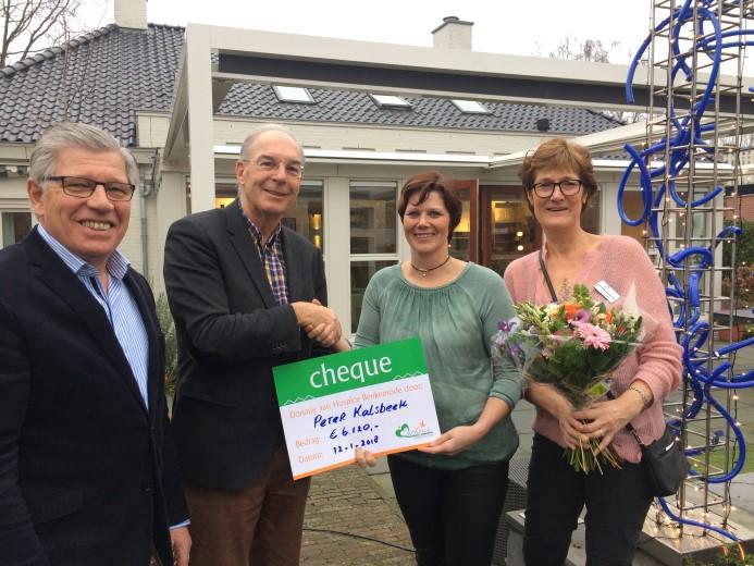 Donatie aan Hospice ter ere van afscheid huisarts Peter Kalsbeek
