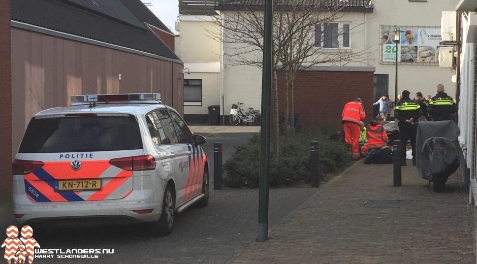Medische noodsituatie in Voorstraat Poeldijk