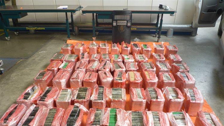 Douane vindt 636 kilo cocaïne