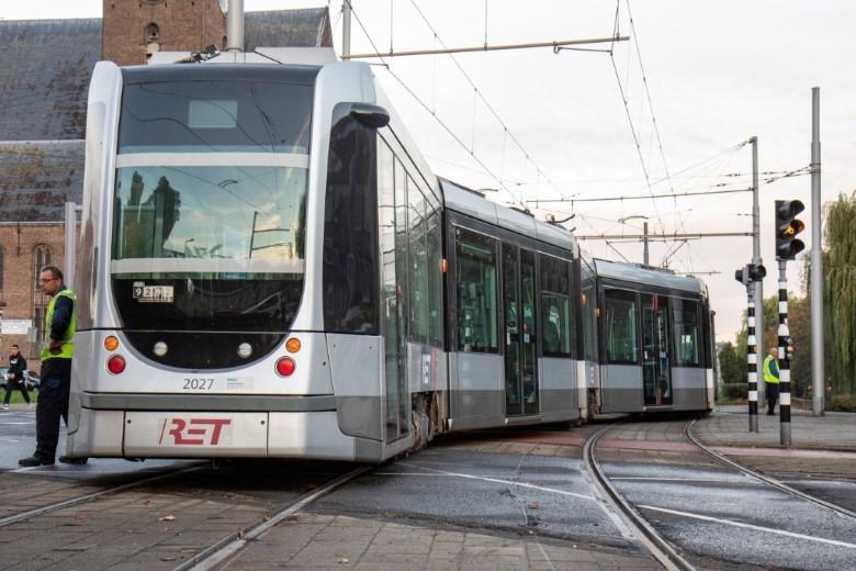 Tram op 2 sporen tegelijk