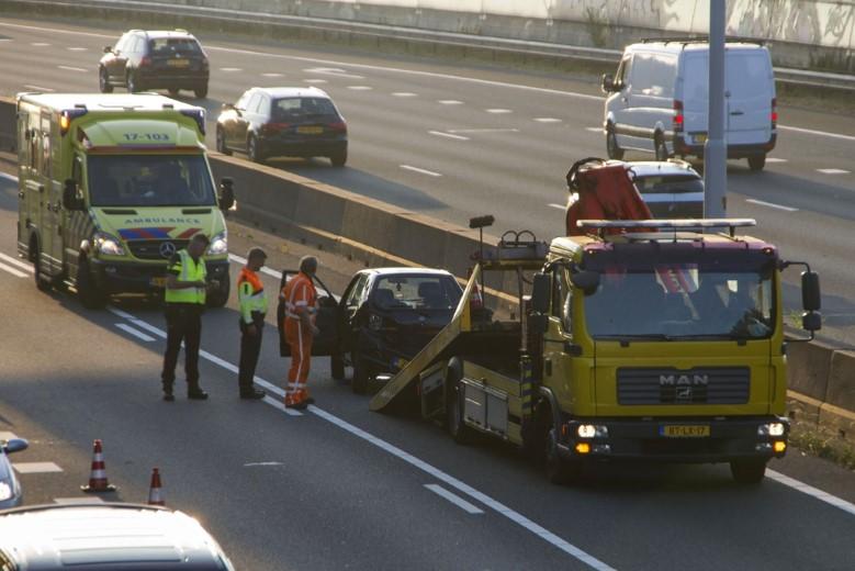 Lange file op rijksweg A20 na ongeval
