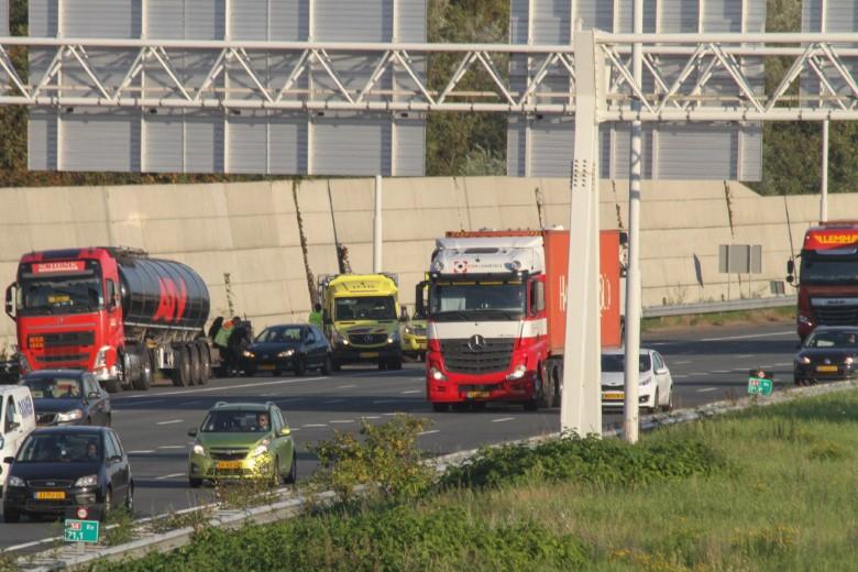 Verkeerschaos door ongevallen op de A4