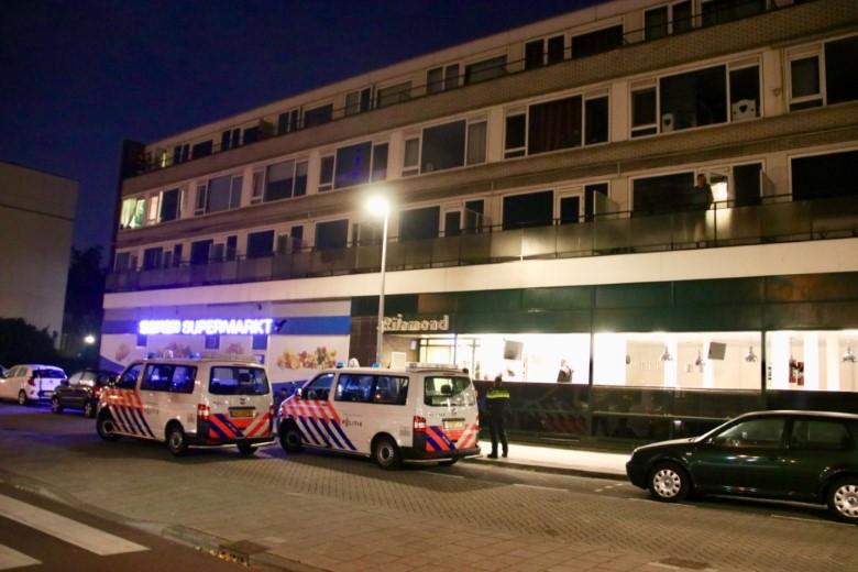 Zwaargewonde man aangetroffen in Schiedam