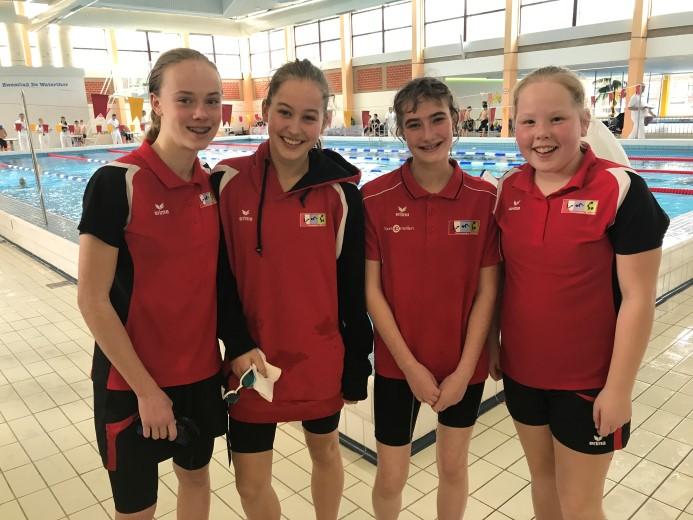 ZV Westland zwemmers behalen 11 medailles in Den Haag