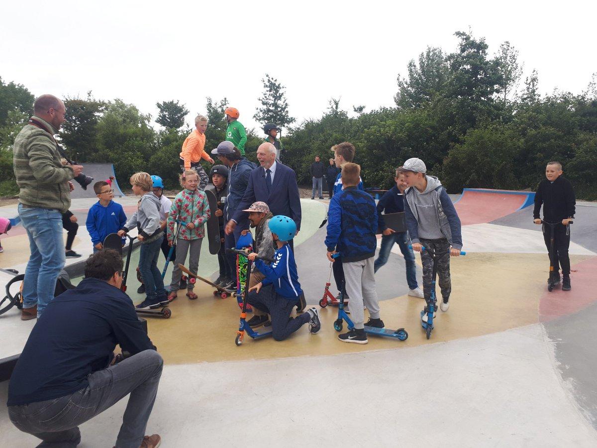 Opgeknapte skatebaan Arckelweg feestelijk geopend