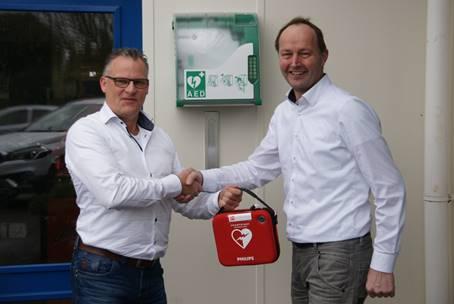 Nieuwe AED aan Molenweg in Monster