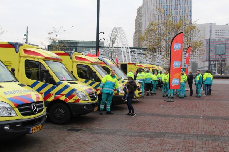 Ambulancepersoneel voert actie voor betere CAO
