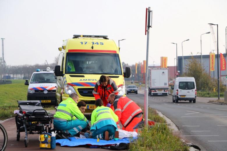Auto rijdt door na zwaar ongeluk Deltaweg