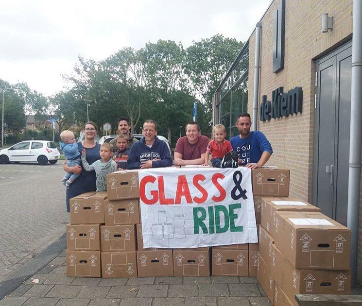 Glass & Ride levert 2200 potjes op voor Kerstwandeling
